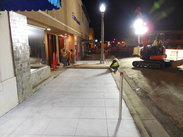 091614 DMI placing sidewalk crossing bridge.jpg